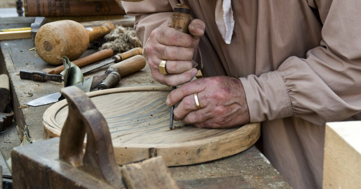 An Introduction to Wood Carving