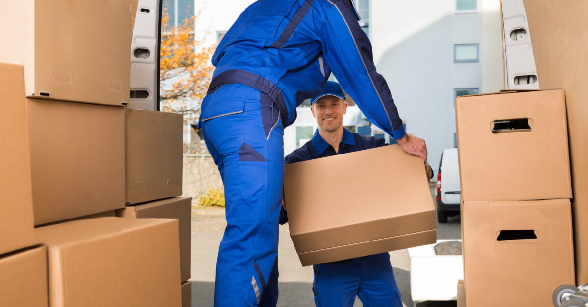 How to Decide What Goes and What Stays Before Moving Day