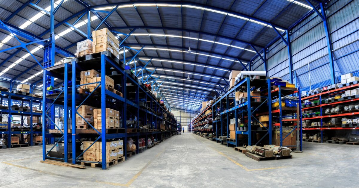 4 Tips on Improving Ecommerce Inventory Management for Your Business